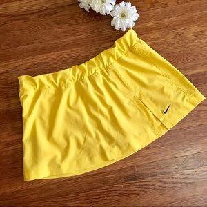 Nike skort golf tennis skirt shorts yellow M